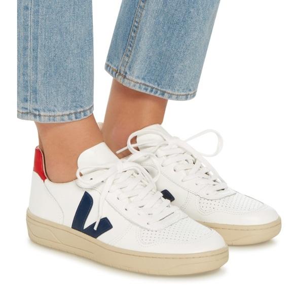b0091b154dfb7 Veja Shoes - Veja V10 nautico leather sneaker - size 37